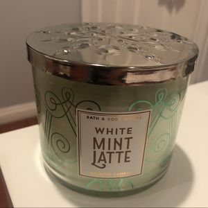 White Mint Latte Candle by Bath & Body Works
